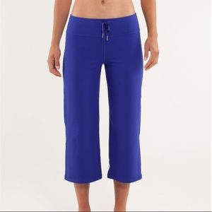 LULULEMON Relaxed Fit Crop II Pigment Blue